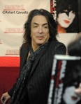 Paul Stanley Kiss Book Signing_4