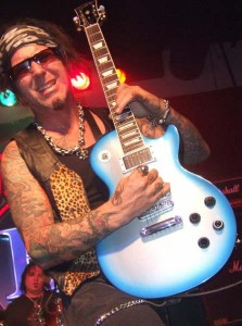 Tracii guns interviewpic2 223x300 Interview with: Tracii Guns (L.A. Guns/Brides of Destruction) (Guitars)