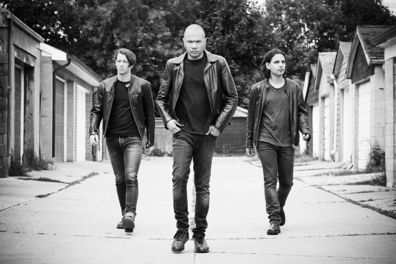 127-danko-jones-by-dustin-rabin_sml-1-e1442680335973 Interview with guitarist \ vocalist - Danko Jones