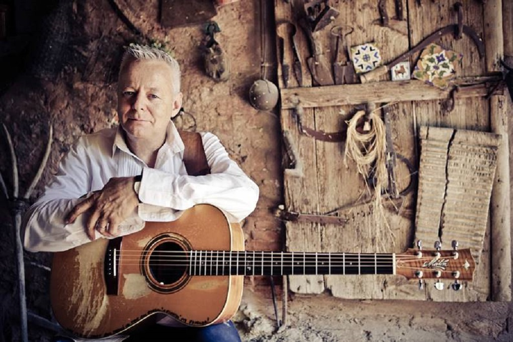 """Tommy Emmanuel: """"A lot of the music that influenced me all my life came out of Nashville."""""""