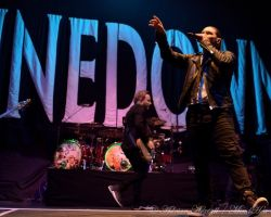 2893376506 Endorsed by Iron Maiden. Live review and interview with Shinedown vocalist Brent Smith