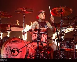 171164163 Blink 182 - Motorpoint Arena, support from The Front Bottoms and Frank Turner & The Sleeping Souls