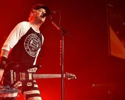 1389079932 Blink 182 - Motorpoint Arena, support from The Front Bottoms and Frank Turner & The Sleeping Souls