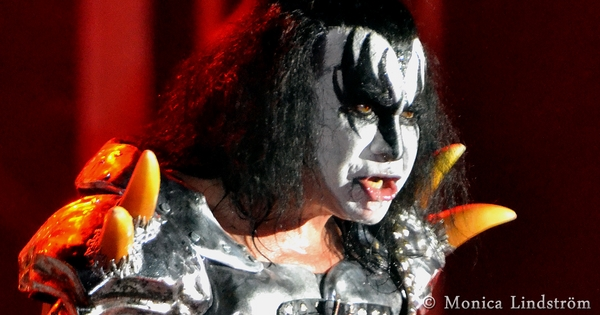 kiss-album-2-kort-6-kopiera_wm