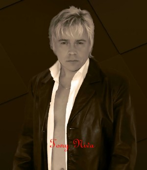 tony_niva_interviewpic_2 Exclusive Interview with Tony Niva (Oxygen)(Vocals, Backing Vocals)