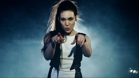 Exclusive Interview with ELIZE RYD (Amaranthe) pic 1