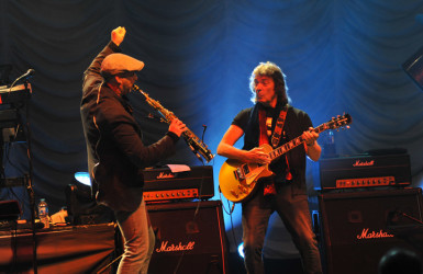 Rob Townsend with Steve Hackett photo by Carey Brandon 121 copy 2