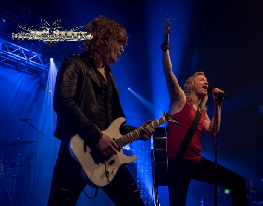 Estrella Hard Rock Hell United - AOR Review; Friday March 11, 2016