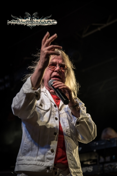 Magnum-14 Magnum and Vega live at Rock City, Nottingham, UK on May 17th, 2016