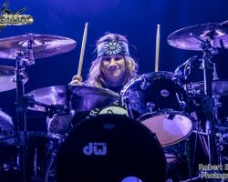 3906851385 Steel Panther live at The SSE Arena Wembley, London  – 15th October 2016