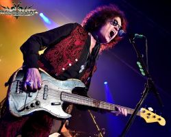 """36361456 """"Remember no drink or any pill is going to make me feel any better if I'm going through grief."""" Glenn Hughes on recording BCCIV"""