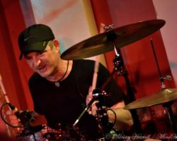 2647466652 Dan Reed Network, Vega, Live at The 100 Club, London, March 10th 2017