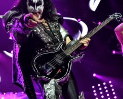 2699793142 KISS, support The Dives, The O2 Arena, London, May 31 2017