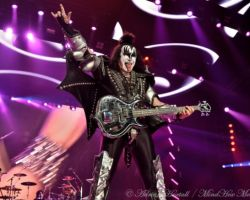 1313358227 KISS, support The Dives, The O2 Arena, London, May 31 2017