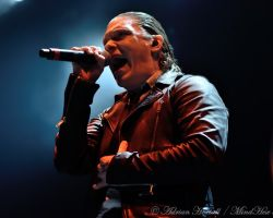 977861045 Endorsed by Iron Maiden. Live review and interview with Shinedown vocalist Brent Smith