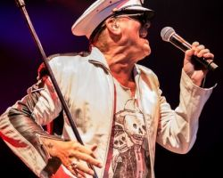 2192776380 Cheap Trick Support – Stone Broken at The Academy, Manchester 28 June 2017