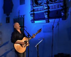 2130715310 Dan Reed, Solo Acoustic, live at St Pancras Old Church, London, September 14 2017