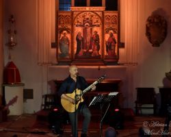 1135246344 Dan Reed, Solo Acoustic, live at St Pancras Old Church, London, September 14 2017